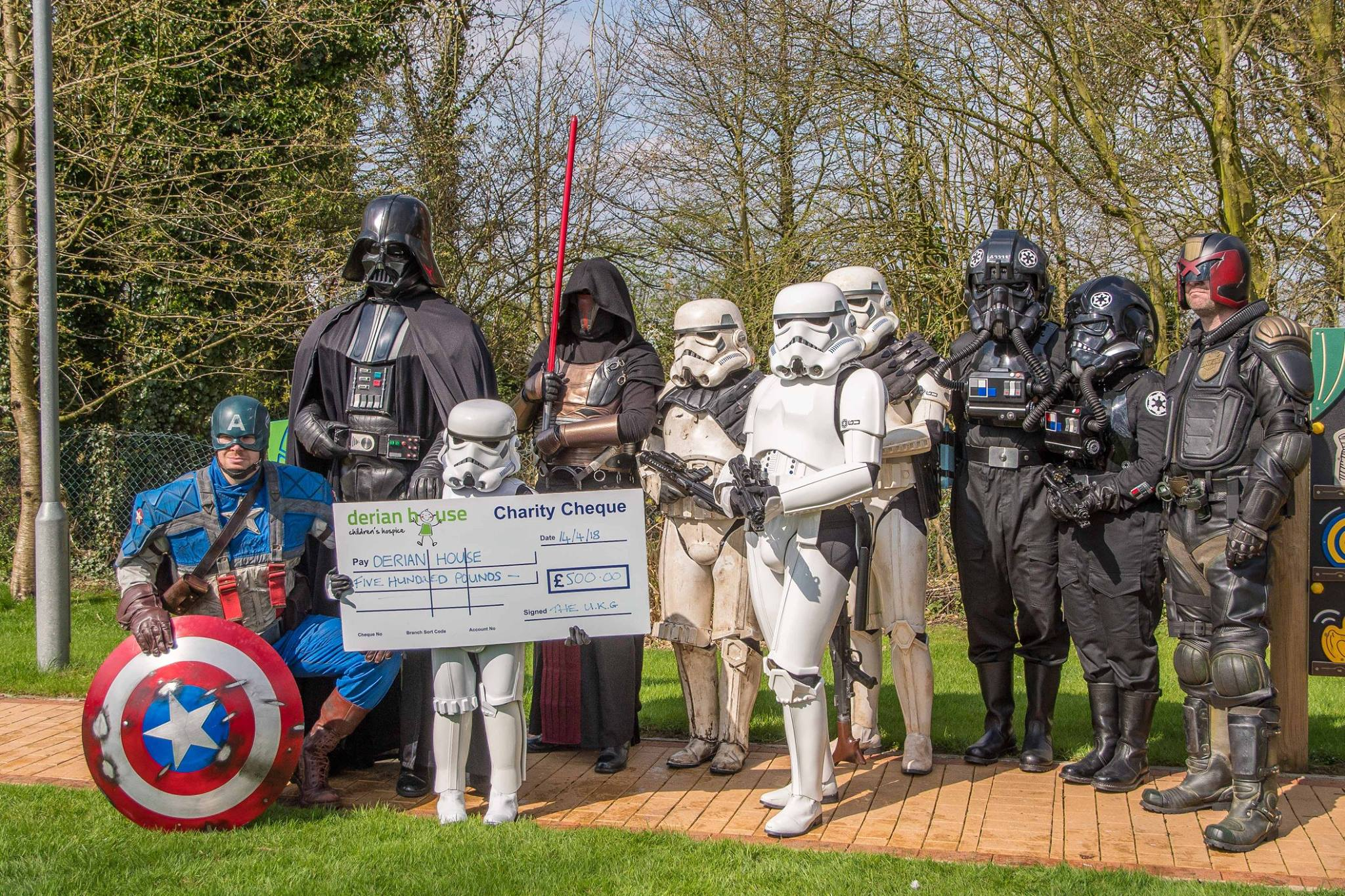 The UKG, Reel Icons and The Galactic Academy Hoth Campus United Kingdom paid a visit to Derian House Children's Hospice.